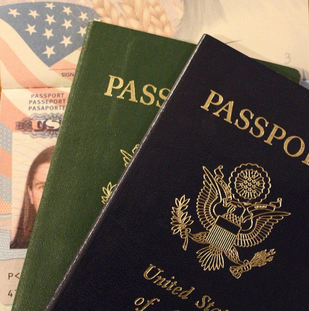 買取依頼人の本人確認の身分証明書について